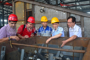 Tajikistan customer visited our asphalt mixing plant